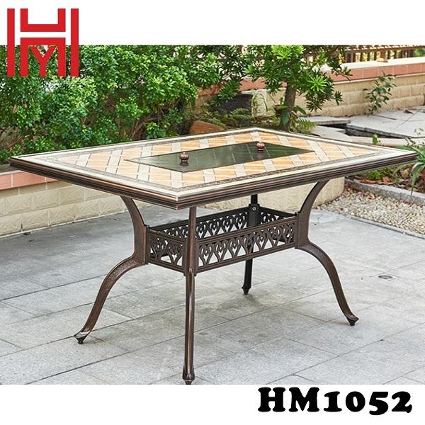 BÀN NƯỚNG ĐIỆN SÂN VƯỜN HM1052