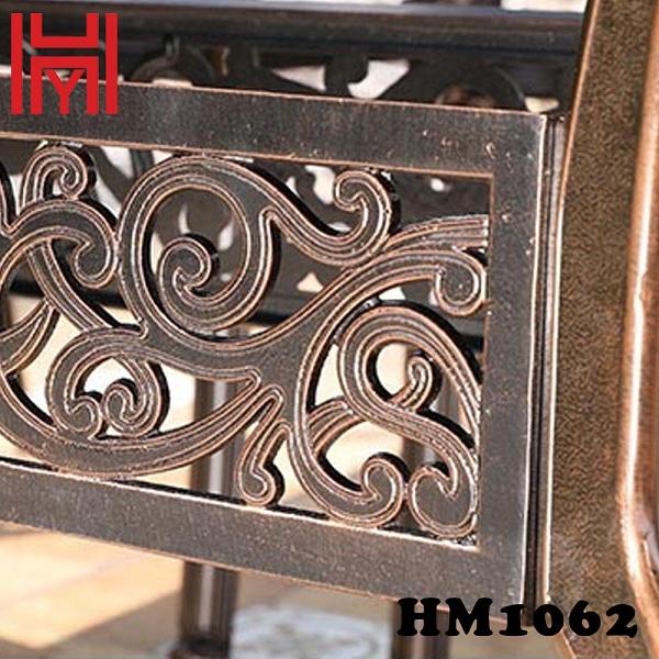 BÀN NƯỚNG ĐIỆN SÂN VƯỜN HM1062