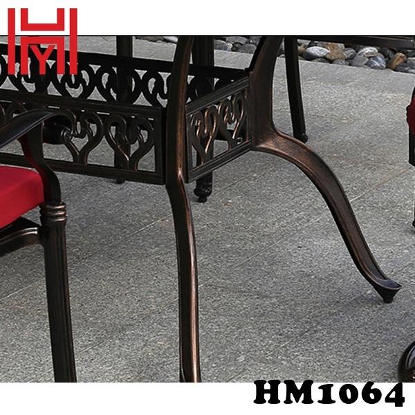 BÀN SÂN VƯỜN MÀU GẠCH NGÓI HM1064 TRUNG