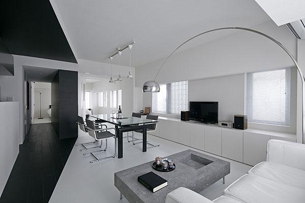 Sự kết hợp giữa đen và trắng cho thiết kế nội thất tối giản